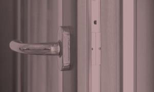 Finestre e porte finestre in PVC, alluminio, legno, acciaio e bronzo - Muralisi